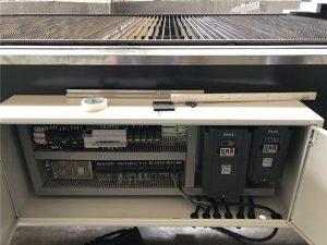 دستگاه برش لیزری با قدرت بالا ss نوع کاملاً بسته کامپیوتر عمل می کند